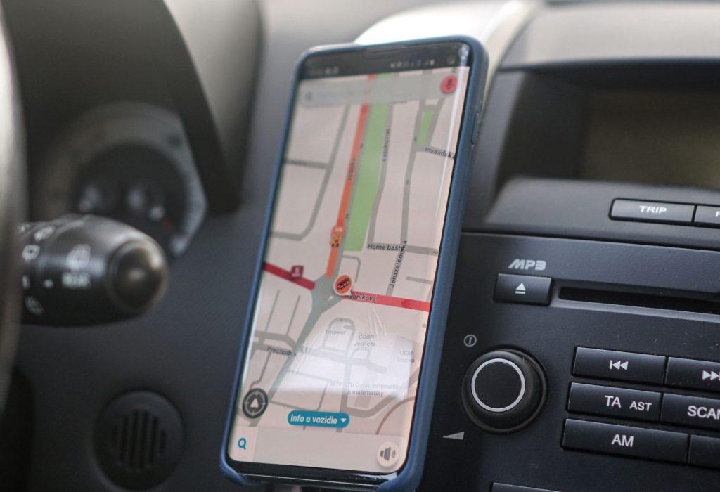 7 užitočných aplikácií, ktoré by nemali chýbať vsmartfóne moderného vodiča